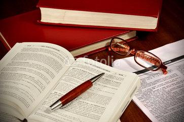 Il termine di decadenza nelle ipotesi diverse dai licenziamenti individuali e dei contratti a termine. L'art. 32 del Collegato Lavoro dopo le novità introdotte dalla Legge Fornero.